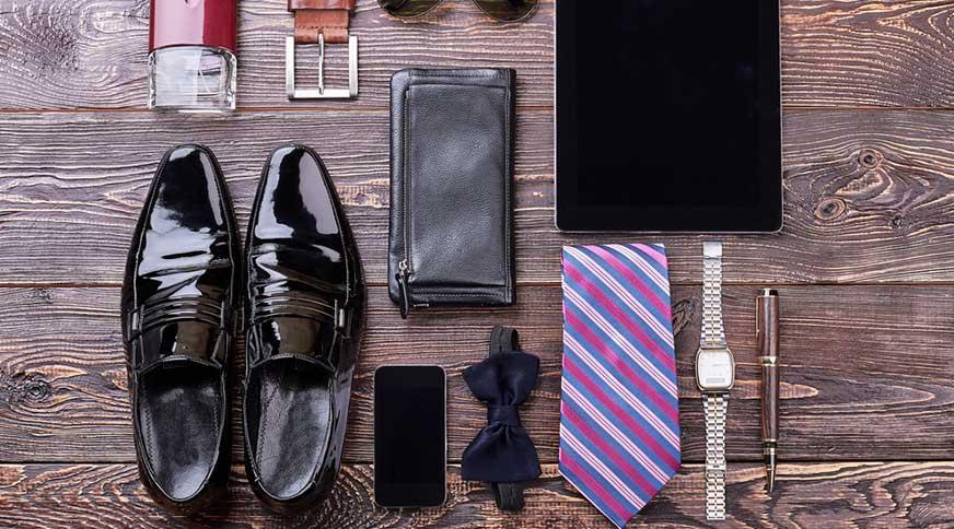 men accessories style colorful - اکسسوریهای مردانه از کمربند چرم تا دکمه سر دست برای یک میهمانی با شکوه