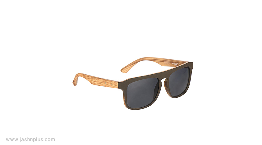 men sunglasses - ترکیب مردانه آبی و طوسی برای میهمانی شیک و جذاب شوید