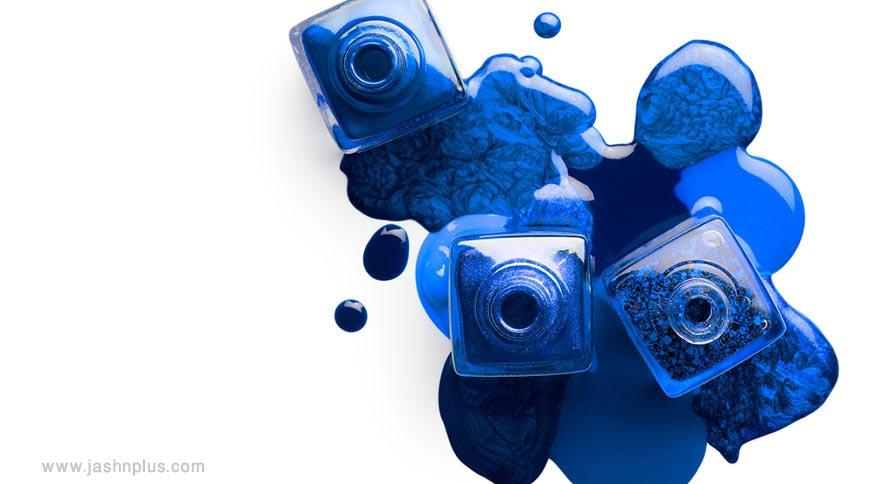 navy nail polish - کدام رنگ لاک برای پوست شما در میهمانی جذاب تر است؟