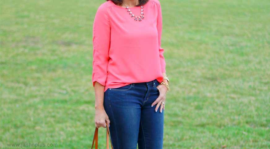 pink blouse with jeans - شلوار جین زنانه را در میهمانی با چه چیزهایی بپوشیم؟