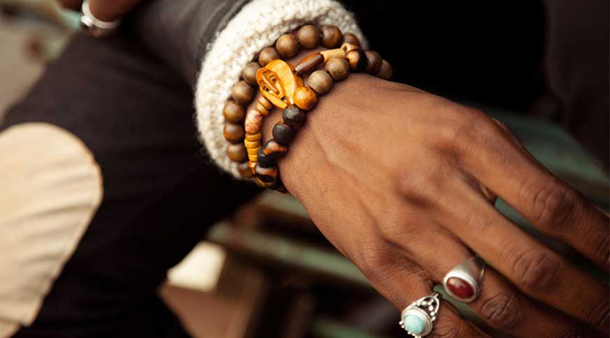 unbalancing accessories - زیورآلات مردانه برای شرکت در میهمانی