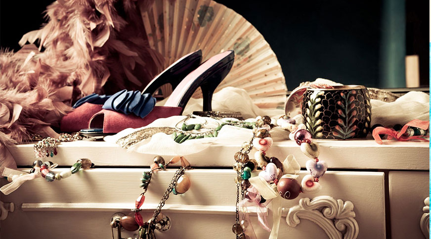women accessories - کیف و کفش و اکسسوری برای خانم های قد کوتاهها در میهمانی
