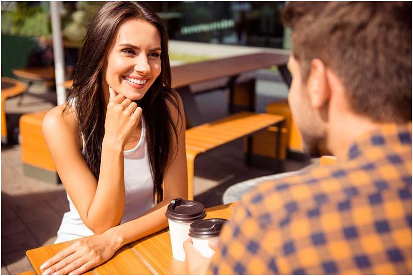 2 1 - نحوه صحیح ابراز علاقه به کسانی که دوستشان داریم چگونه است؟