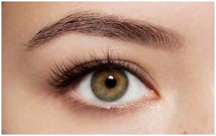 1 13 - برای داشتن یک آرایش طبیعی صورت در مهمانی چه کنیم؟