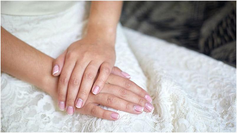 1 3 - معرفی بهترین طرح ناخن برای داشتن دست هایی زیبا در مهمانی
