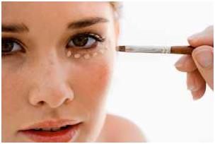 Untitled 20 - برای داشتن آرایش سریع و شیک در مهمانی چه باید کرد؟
