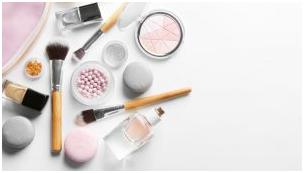 .png - چگونه براش آرایش خود را تمیز کنیم؟