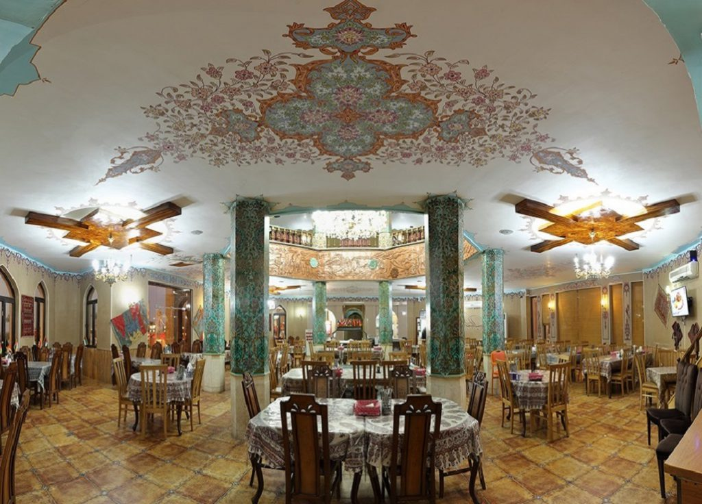 آفر ویژه رستوران سنتی ستاره شهر