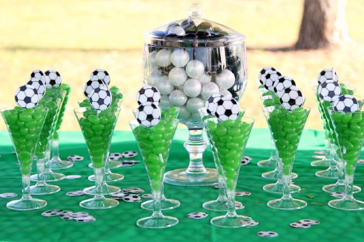 عکس کیک تولد پسرانه فوتبالی جشن تولد - کیک تولد - تم تولد