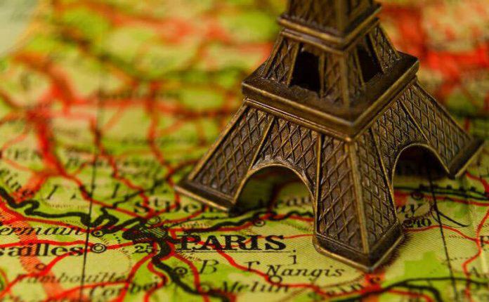 سفر به پاریس 696x522 - چطور میتوانیم عزیزانمان را سورپرایز کنیم؟