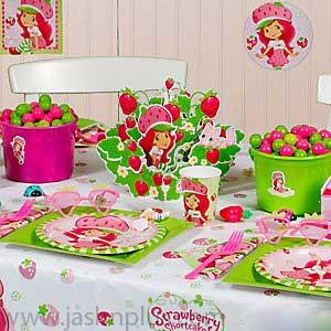 تولد دختر توت فرنگی 1 - تم تولد دختر توتفرنگی یک تم زیبا برای تولدهای شاد