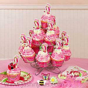 تولد دختر توت فرنگی 10 - تم تولد دختر توتفرنگی یک تم زیبا برای تولدهای شاد