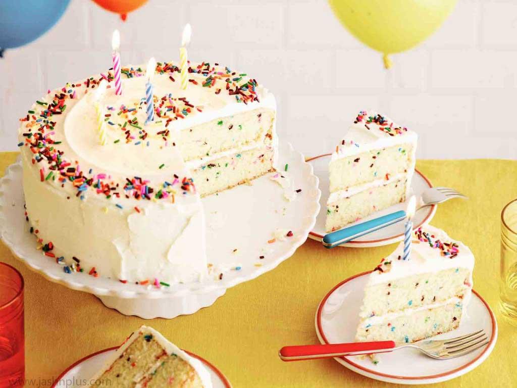 تولد خامه ای ۵ 1024x768 - کیک تولد خامه ای یک انتخاب جالب برای جشن تولد