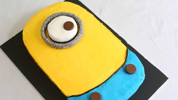 تولد مینیون 20 - آموزش گام به گام تزیین کیک مینیون در منزل