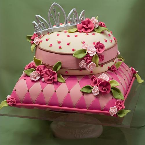 تولد پرنسسی 4 - کیک تولد مدل پرنسسی برای تولدهای دخترانه