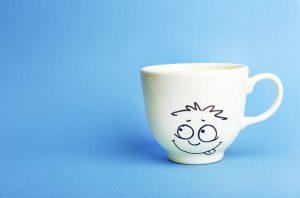 5 کادوی دست ساز زیبا Design cups and mugs 300x198 - هدیه دست ساز زیبا بسازید و سورپرایز کنید