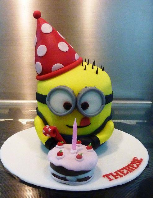 68ae76464657860f6f0ad76d3e6b6126 - کیک تولد مینیون مخصوص تولد کودک