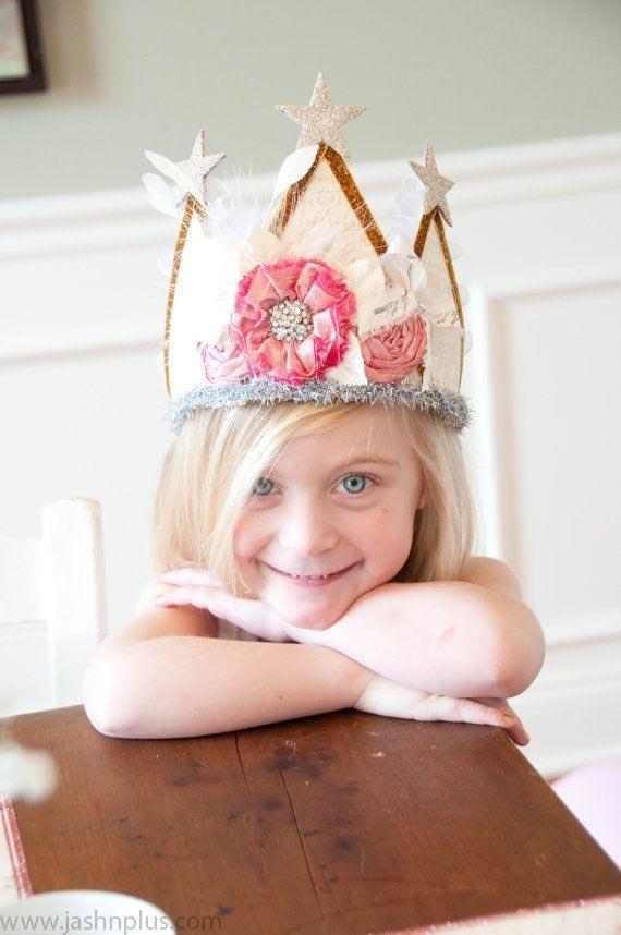 68c5fe83b75c3ef0a3194765b7a64a91 - آیا می خواهید جشن تولد دخترتان را با تم تولد پرنسس برگزار کنید؟