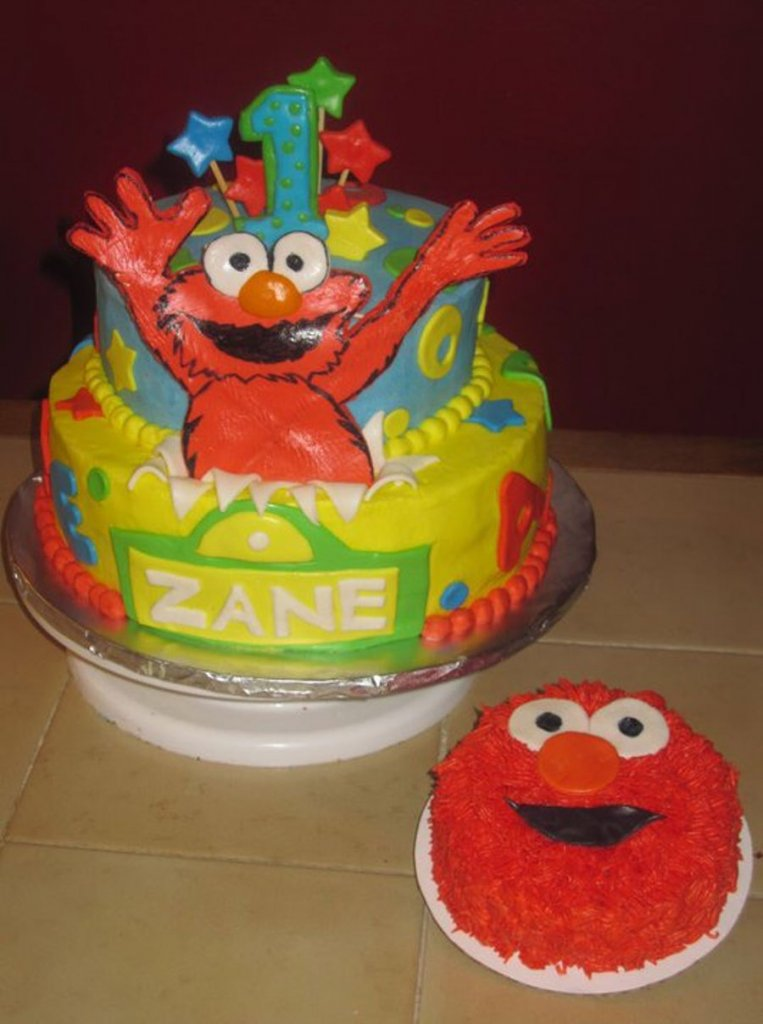 900 elmo surprise 6974524bbyV 763x1024 - کیک تولد با تم کودکانه