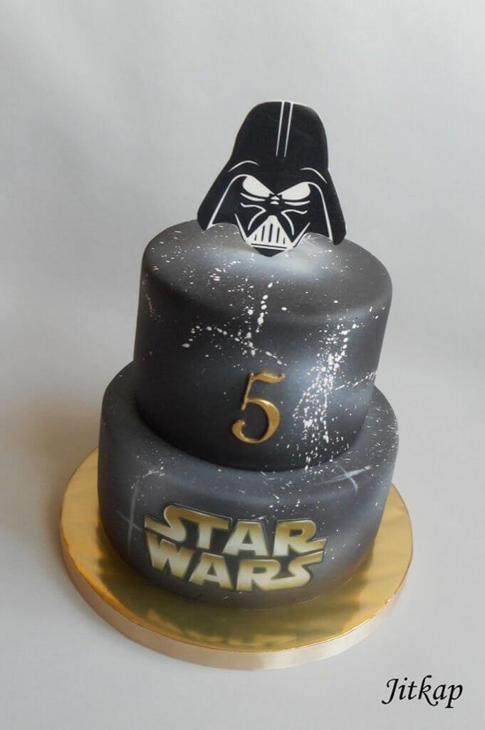 900 starwars 937463Ue8uR 681x1024 - کیک تولد با تم کودکانه