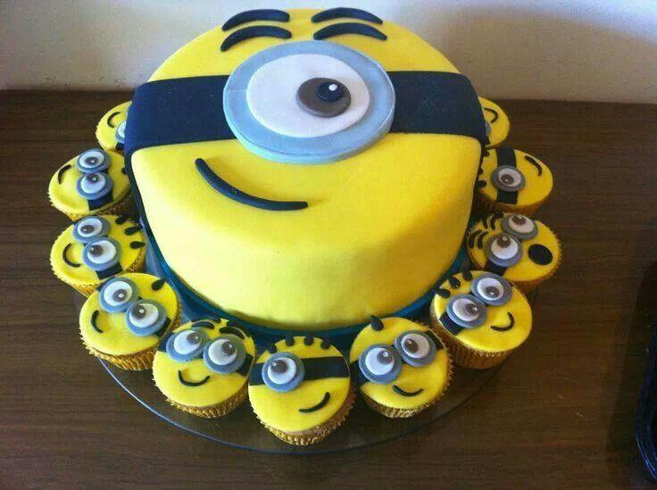 94e29a983abf462550b265d421631611 - کیک تولد مینیون مخصوص تولد کودک