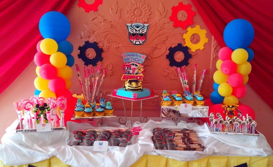 Kids Birthday Party Table e1434603133168 - برگزاری جشن تولد خلاقانه و شاد برای کودکان