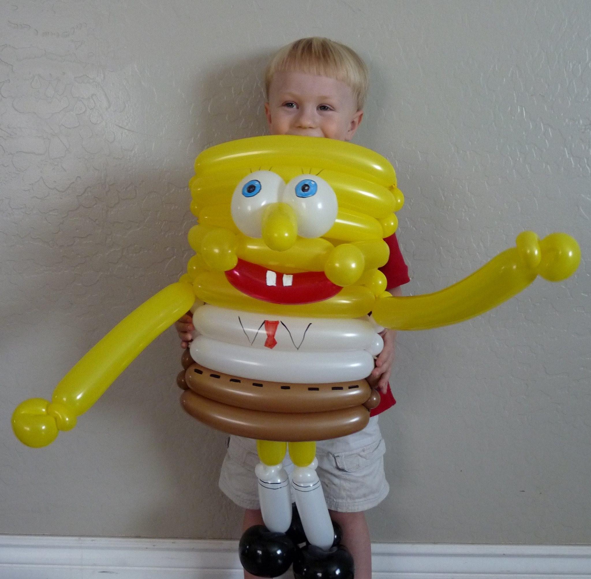 az balloon twisted spongebob - ایده هایی کارتونی برای تزیین بادکنک تولد