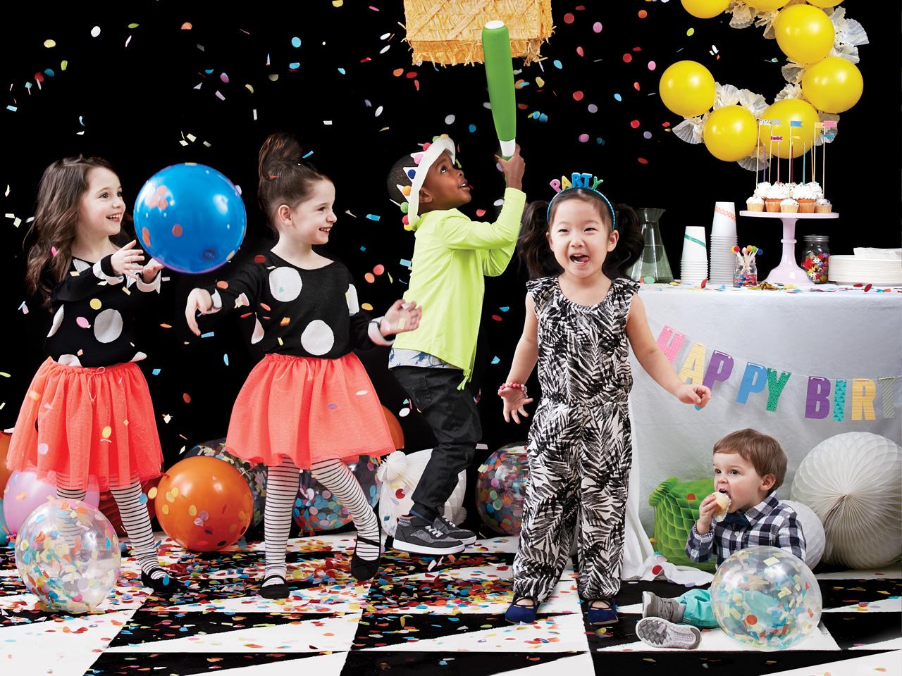 cheap ways to entertain kids at a party 1280x960 - برگزاری جشن تولد خلاقانه و شاد برای کودکان