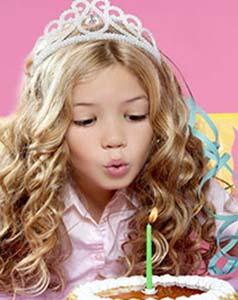 princess1 - جشن تولد دختر تان را مثل پرنسسها برگزار کنید