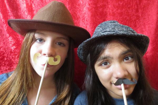 8 fantastic party ideas mustache party - تم تولد سبیل برای آقایان