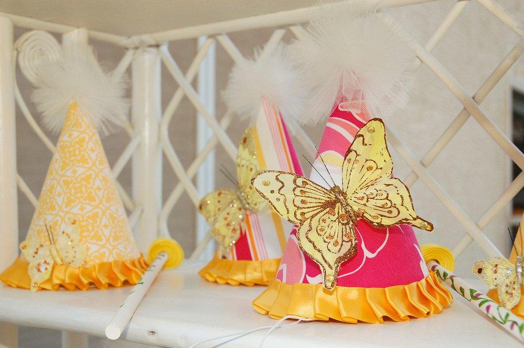 Custom Butterfly Party Hats - ایده تم تولد پروانه برای دختر خانم ها