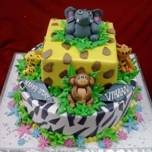 jungle theme cake - تم تولد حیوانات جنگل