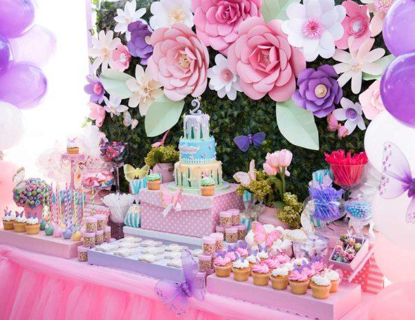 تولد بزگسال 1 3 600x463 - تم تولد بزرگسالان ، ایده هایی برای انتخاب تمی مناسب برای یک بزرگ سال