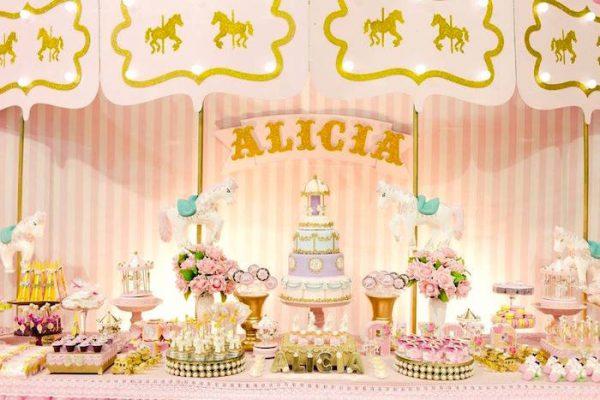 کراسل 1 5 600x400 - تم تولد کراسل انتخابی متفاوت برای جشن شاد کودکانه