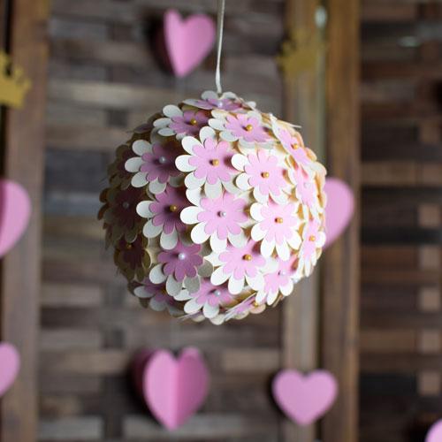 گل 2 - اقلام تم تولد ، هرچیزی که برای یک جشن نیاز دارید