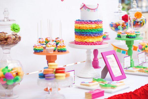 میز تولد 1 1 600x400 - دیزاین میز تولد ، ایده هایی زیبا برای ساخت میزهای زیبا