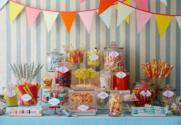 میز تولد 1 11 600x417 - دیزاین میز تولد ، ایده هایی زیبا برای ساخت میزهای زیبا