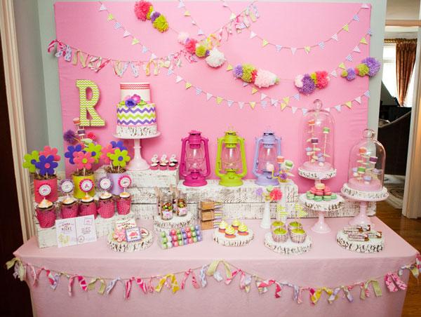 میز تولد 1 25 - دیزاین میز تولد ، ایده هایی زیبا برای ساخت میزهای زیبا