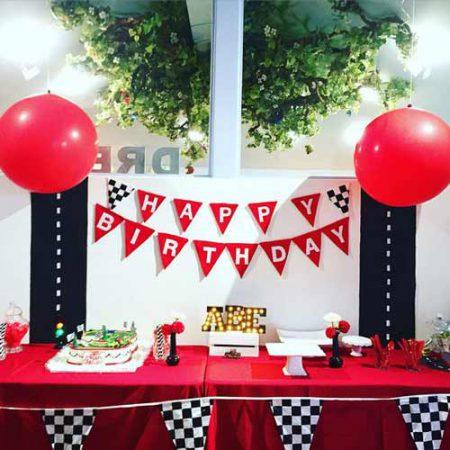 car birthday party themed ideas13 450x450 - تم تولد ماشین ها تمی بینظیر برای آقا پسرها