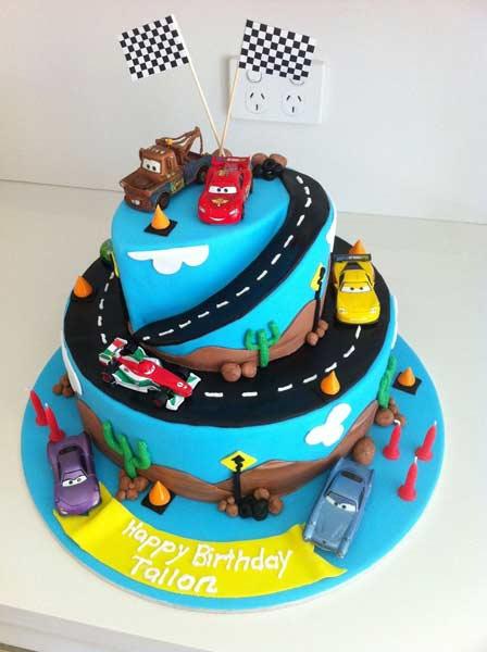 car birthday party themed ideas6 - تم تولد ماشین ها تمی بینظیر برای آقا پسرها
