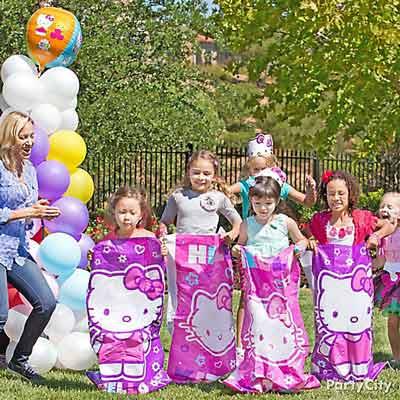 hello kitty birthday party theme24 - تم تولد کیتی تمی دوست داشتنی برای دختر خانوم ها