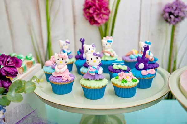 hello kitty birthday party theme37 - تم تولد کیتی تمی دوست داشتنی برای دختر خانوم ها