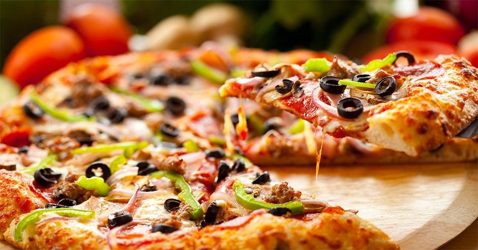 pizza makhsoos - ایده هایی برای خوراکی تولد ،جشنی به یادماندنی با خوراکی های خوشمزه