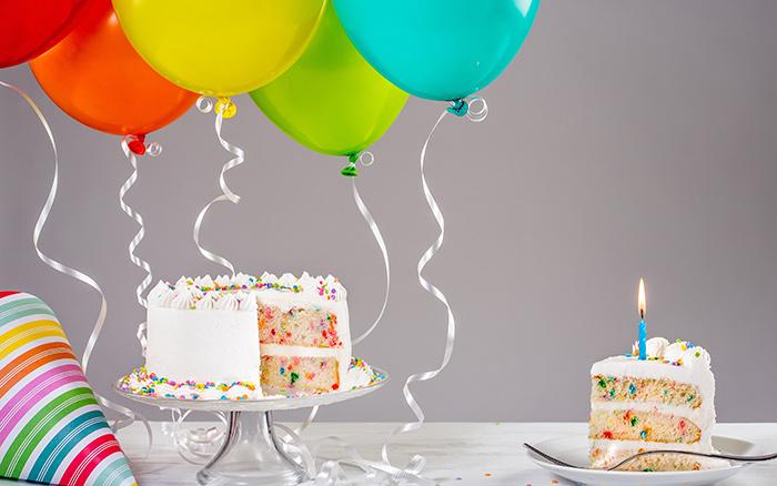 Birthday balloon 1 - بایدها و نبایدهای جشن تولد برای داشتن تولدی رویایی