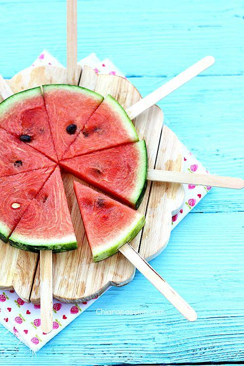 anguria pops anguria su stecco watermelon pops - تزئین میز یلدای مهدکودک و مدرسه با این ایده ها