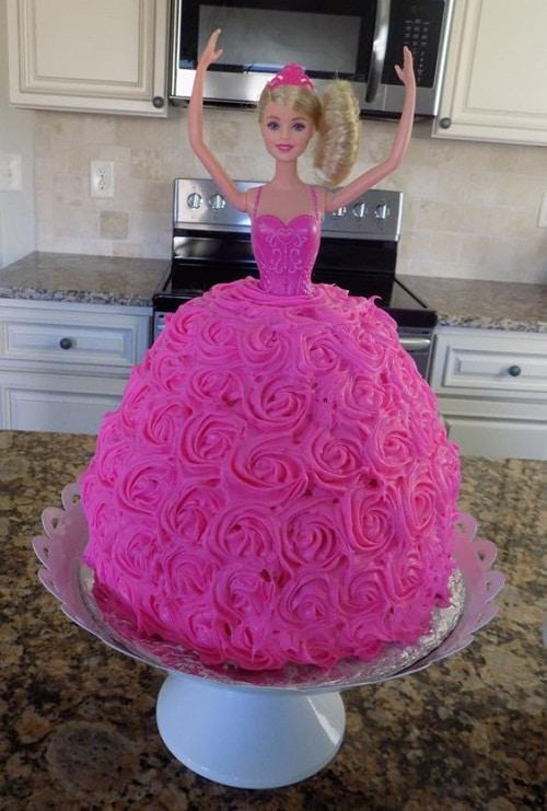 pink barbie birthday cakes for girls - ایده هایی برای تهیه ی زیباترین کیک تولد دخترانه