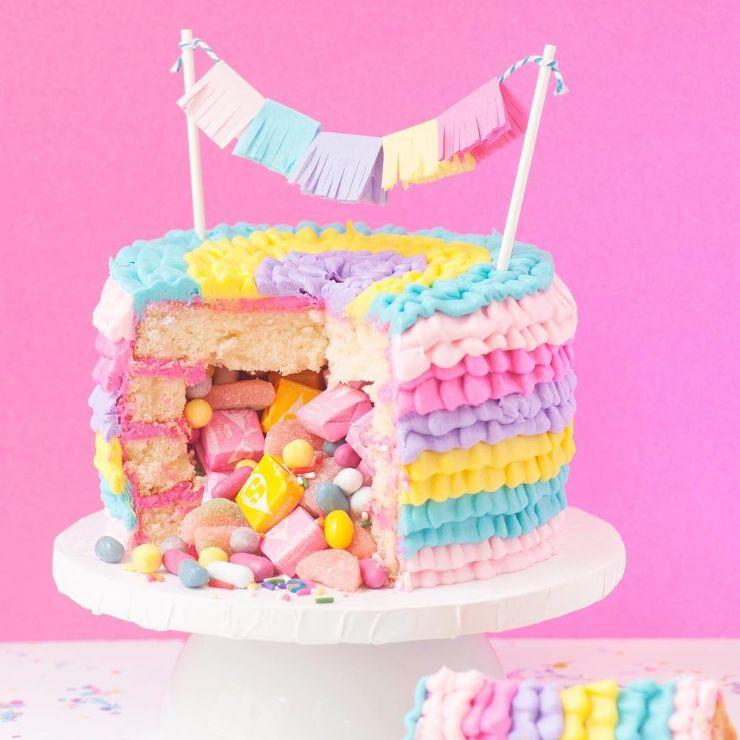 1560164201 YUBZVKEKVL - چه کیک تولدی برای دختر خانوم شما مناسب تره ؟