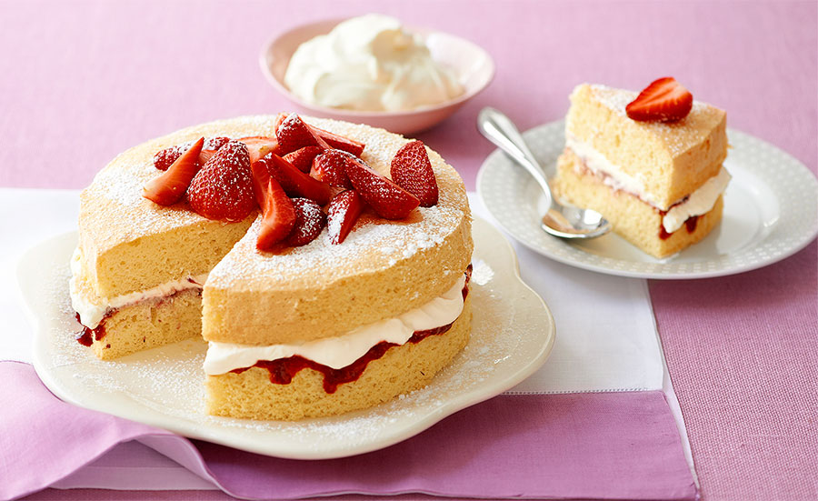 18 07 06 sponge cake pw - آموزش تهیه ی کیک اسفنجی ؛ کیکی عالی با بافتی عالی