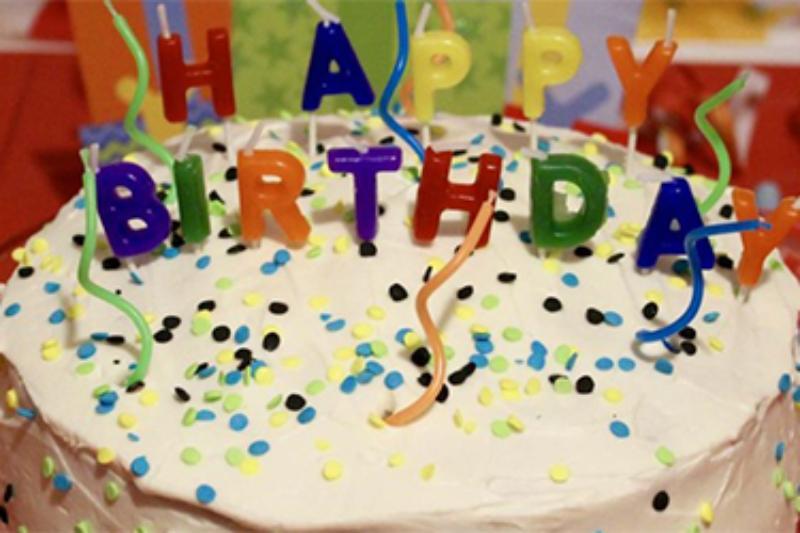 5c42cf61 aac9 4255 8e52 bbe699281141 800 - طرز تهیه ی کیک تولد ؛ کیکی دوست داشتنی برای اشخاص دوست داشتنی